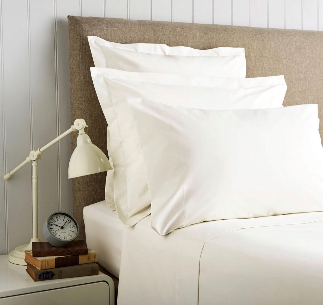 Christy '400 Thread Count Cotton Sateen' Flat Sheet Ivory