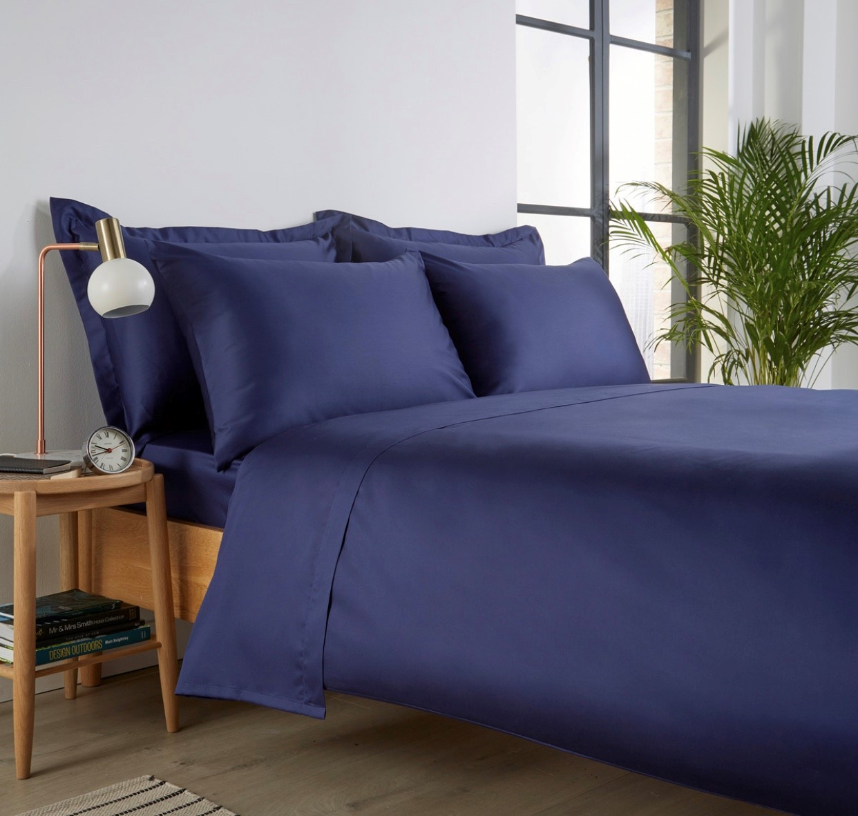 Christy '400 Thread Count Cotton Sateen' Fitted Sheet Navy (Extra Deep)