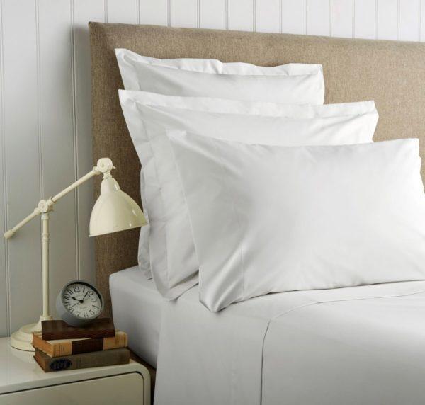Christy '400 Thread Count Cotton Sateen' Standard Pillowcase (Pair)