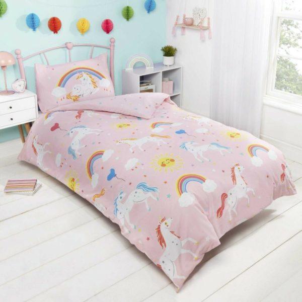 Unicorns & Rainbows Glow In Dark Duvet Set